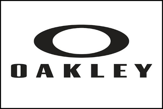 Occhiali e caschi Oakley